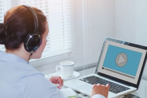 映像に必要な音楽BGMや効果音、依頼時の注意点と制作の流れを紹介