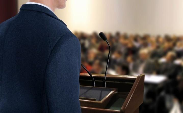 株主総会用のナレーションの音声録音を制作会社に依頼するメリット