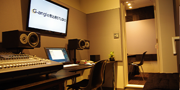 【B Studio】スタジオ風景1